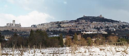 Assisi_paesaggio_neve