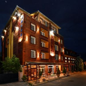 garni-hotel-lux_merano